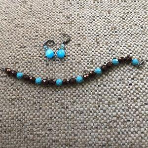 Sorrelli  crystal Turquoise drop earrings